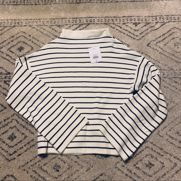 Topshop Sweaters - NWT - Topshop Cropped Stripe Sweater